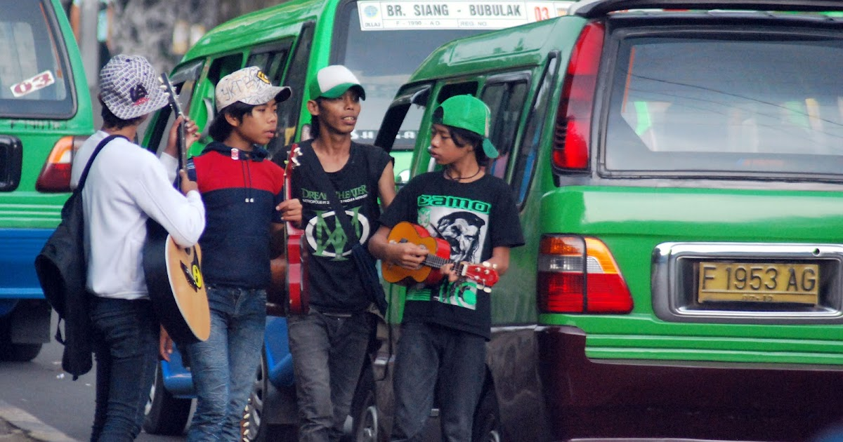 Ajeng Chairunnisa Fenomena Sosial Pengamen Jalanan