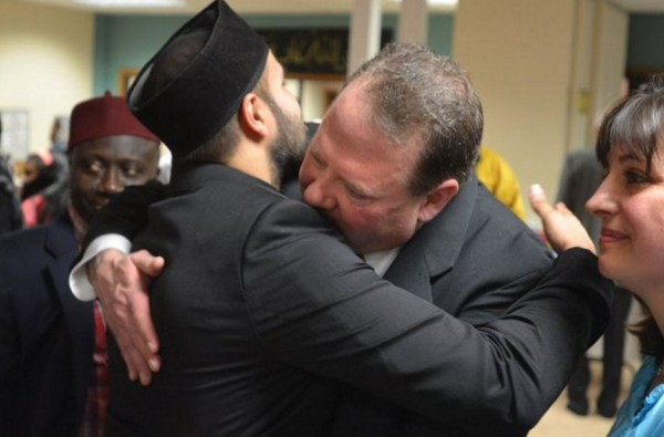 Menyesal Tembaki Masjid, Ex Marinir AS Menangis Minta Maaf ?!
