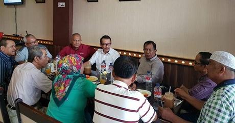 Terima Forum BUGAT, Desri Ayunda: Pantai Padang Itu Bukan Hanya di Padang Barat