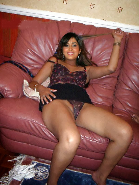 Indian Porn Girls Photo Bengoli Bhabhi Bed Room In Sami -5686