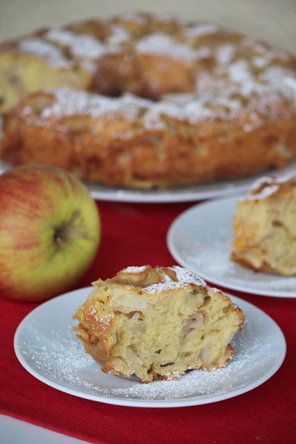 Ciasto z dużą ilością jabłek