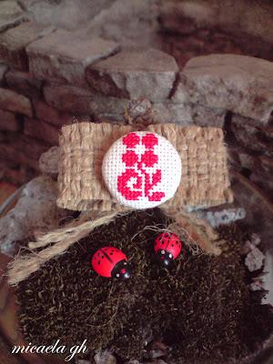 http://cusaturitraditionale.blogspot.com/2012/02/noul-blog-de-provocari-provocari-verzi.html micaela