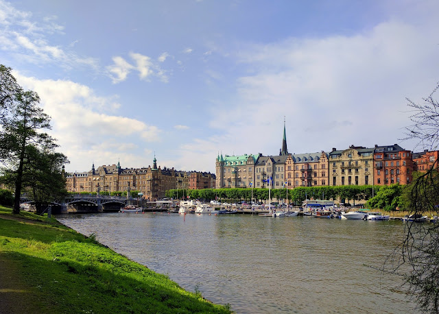 Djurgården & Strandvägen, Stockholm, Swdeden  |  Untethered on afeathery*nest  |  http://afeatherynest.com