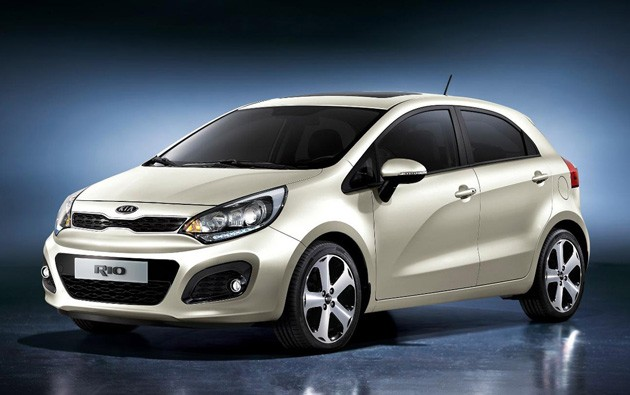 Car Overview: 2013 KIA Rio