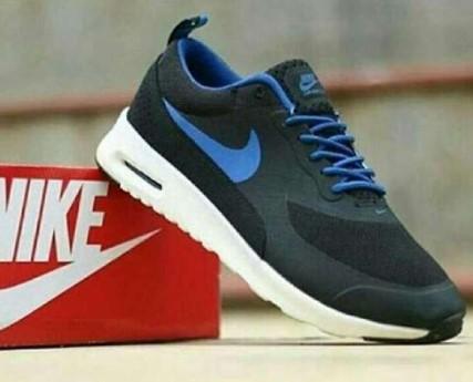 Daftar Harga Sepatu Nike Terbaru 2019 - Baca Disini 54441891a7