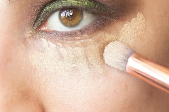 Макияж глаз с зелёным акцентом: шаг 9