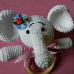 http://www.ravelry.com/patterns/library/babyrammelaar-olifant-met-ring