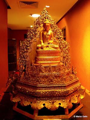 TEMPLO DE LA RELIQUIA DEL DIENTE DE BUDA, SINGAPUR