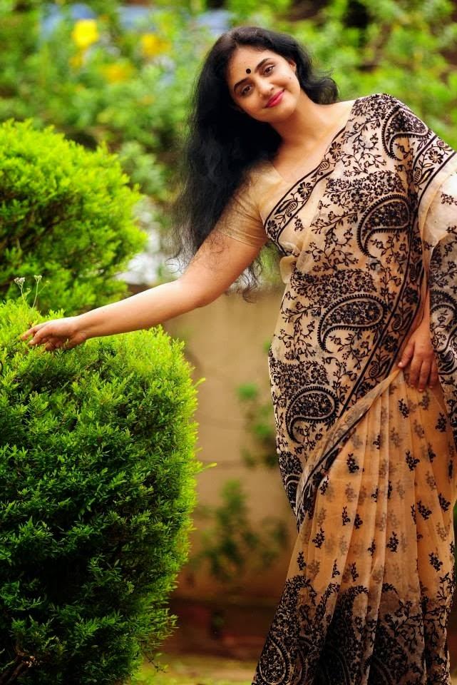 Methil Devika Dancer Actor Mukesh Second Wife  ACTRESS