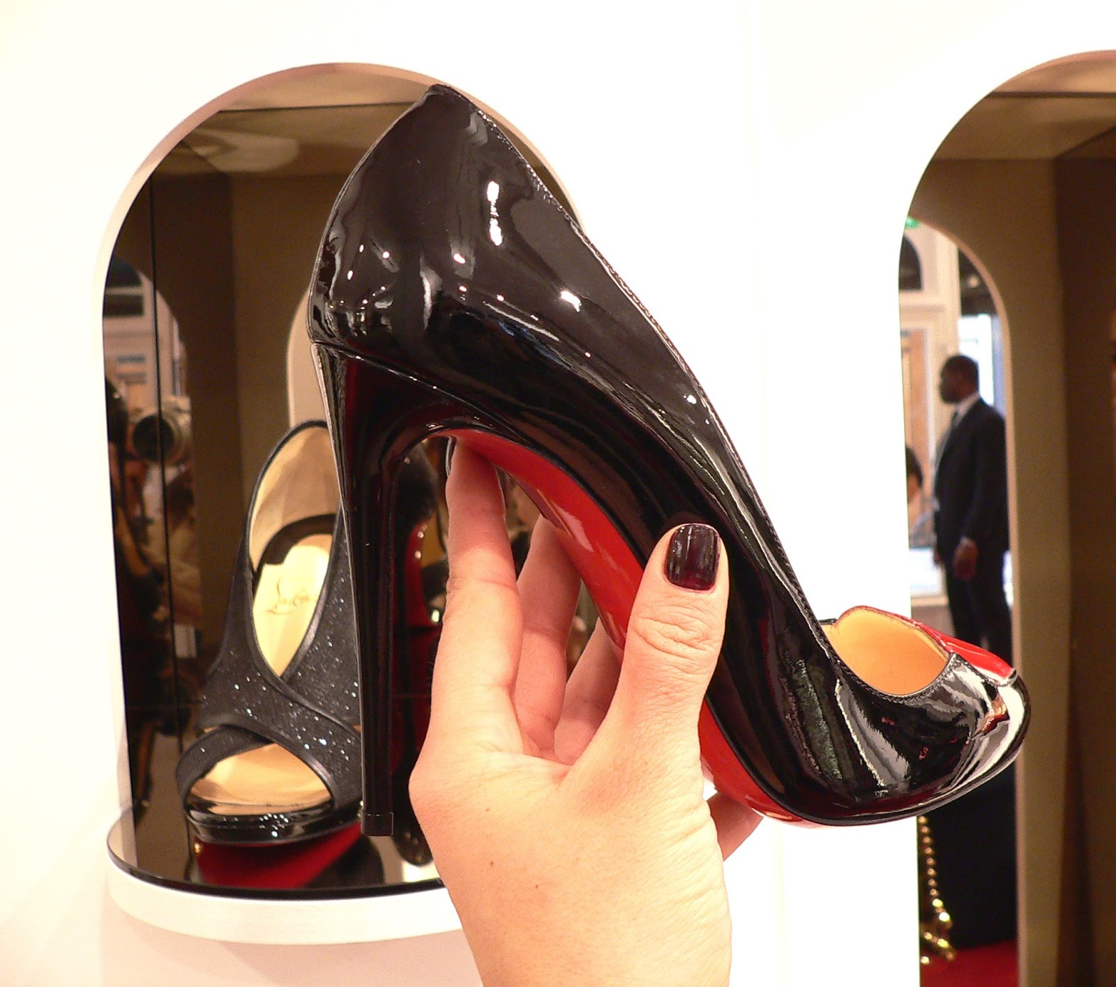 avis louboutin paris magasin