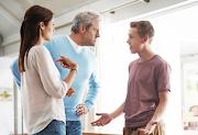 Tips Menyikapi Orang Tua Yang Pemarah