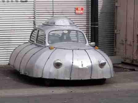 bentuk mobil paling aneh dan paling unik serta paling nyeleneh di dunia-6