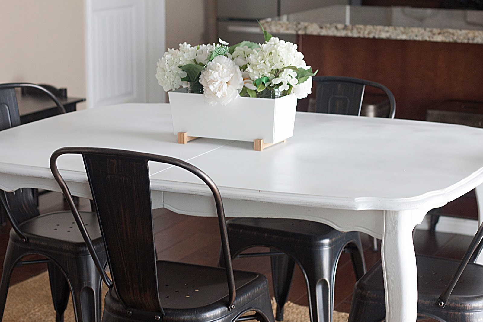 Do It Yourself Furniture: Do It Yourself Divas: DIY: The Simple Way To Paint Furniture