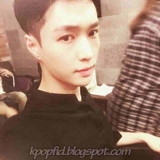 Foto Terbaru Lay member EXO