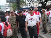 Walikota dan Wakil Walikota Medan Jalan Sehat Bersama dengan Masyarakat