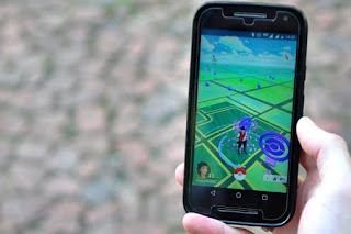 ATENÇÃO para os perigos de jogar Pokémon Go nas ruas