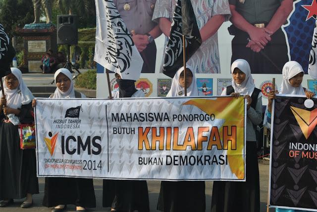 Pejuang Khilafah, Anti Jokowi dan Anti Pancasila tapi Rebutan Daftar PNS