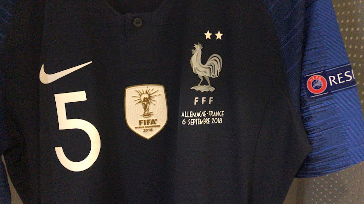 lowest price a2da7 9dd06 France Debut Second Star + World Cup Winners Badge - Footy ...