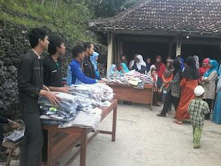 Bazaar bakti sosial relawan DPU DT di Rongkop Gunungkidul