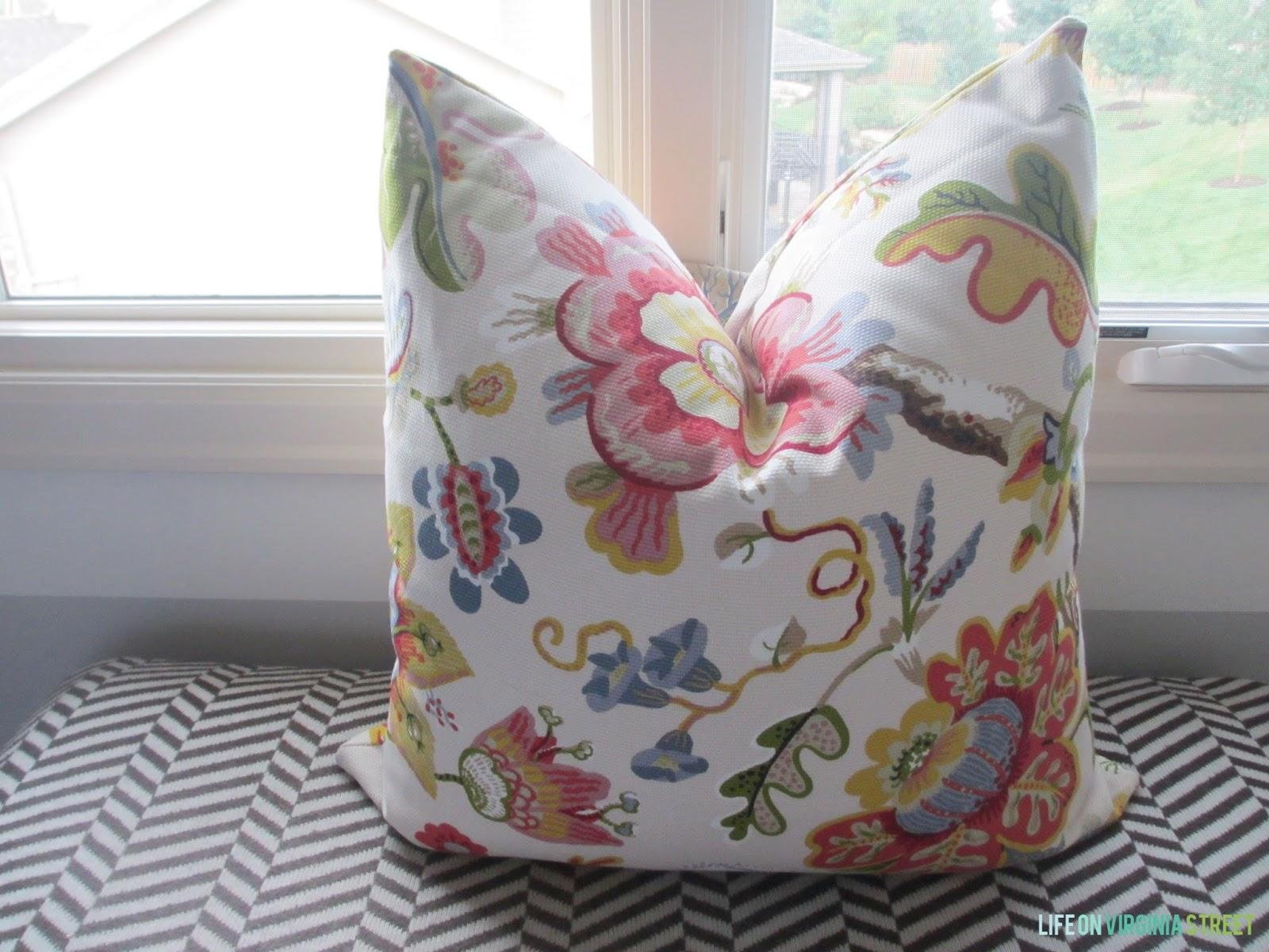 Tutorial Throw Pillow With A Zipper Life On Virginia Street