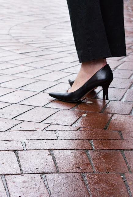 Gastown,Styleguide, travelguide, VancouverBC, Pumps, Ninewest