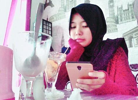 hal yang bikin bbm, sms terasa membosankan