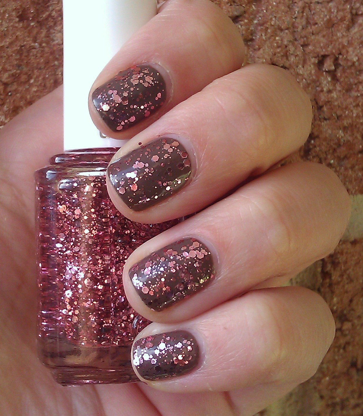 Polish or Perish: A Little More Luxeffects - Essie A Cut Above