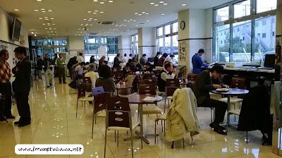 Suasana Makan Pagi Di Jepang