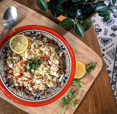 Salade healthy de perles de blé aux légumes et feta Charlotte and cooking
