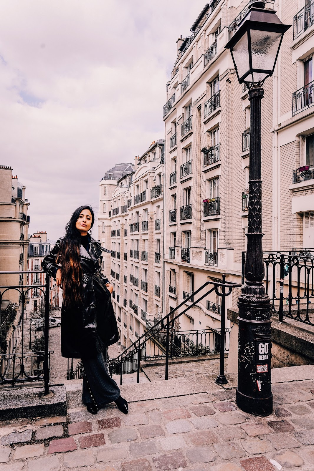 wide leg trouser, wide leg trouser trend, vinyl trench, all black outfit, indian blogger, uk blog, paris street style, parisian chic, paris outfit, spring paris outfit,