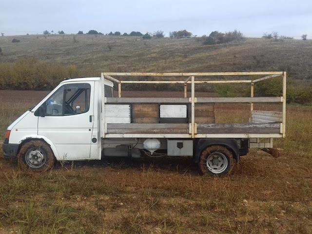 Πωλείται μελισσοκομικό φορτηγό ΕΥΚΑΙΡΙΑ