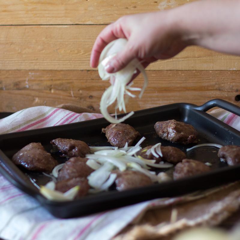 carrilleras de cerdo asadas al horno. Receta de la madre de Joan Roca