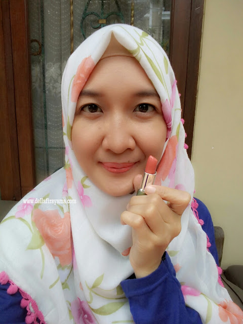 Wardah Exclusive Lipstick No. 41 (Charming Red)