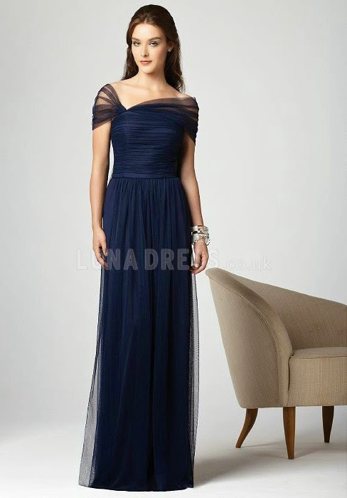 Flattering bridesmaid dresses colors for winter wedding by for Winter wedding colors for bridesmaids dresses
