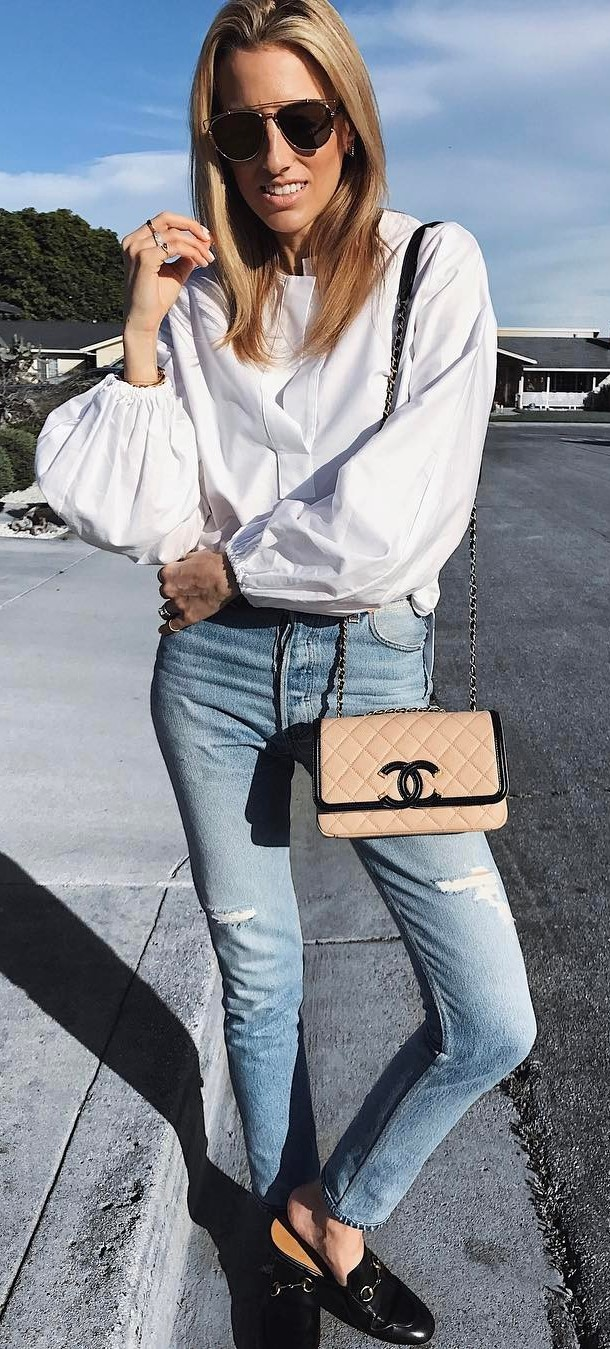 trendy summer outfit: blouse + bag + jeans