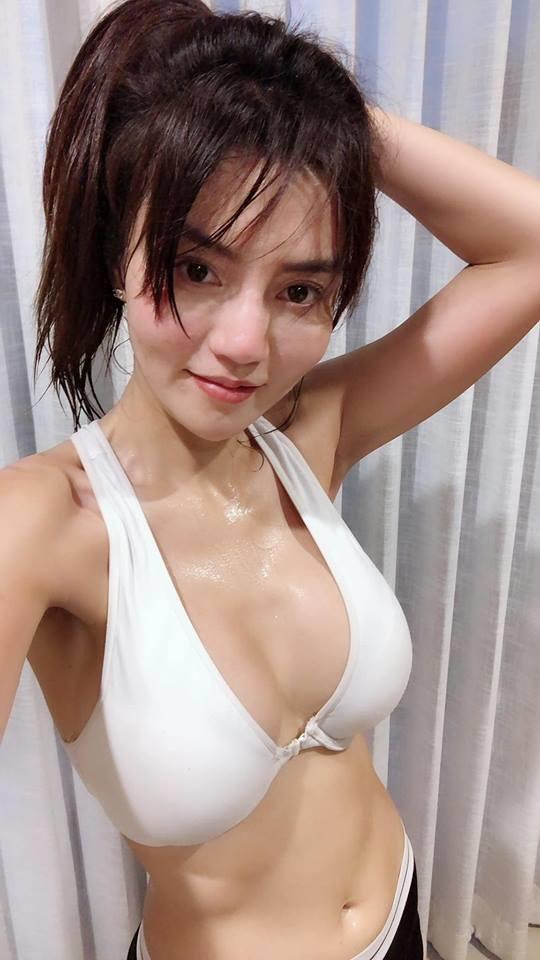 Tổng hợp girl xinh phòng gym tháng 9-2018