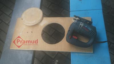 cara membuat lubang untuk speaker pada box speaker