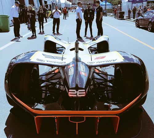Tinuku Roborace autonomous car racing run DevBot test in Paris ePrix