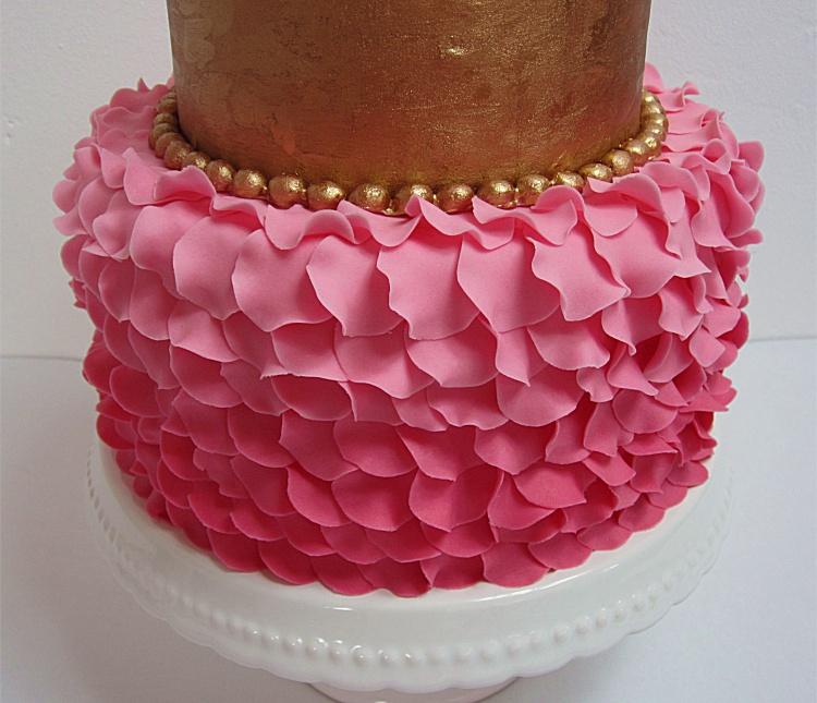 DIY/Tutorial Petal Cake/Blütentorte/Torte mit Blütenblättern 4