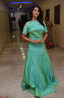Pooja Jhaveri in Beautiful Green Dress at Kalamandir Foundation 7th anniversary Celebrations ~  Actress Galleries 073.JPG