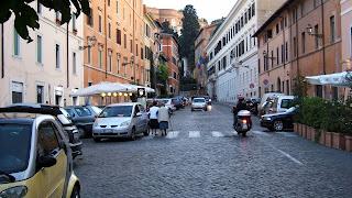 Via Garibaldi in Trastevere