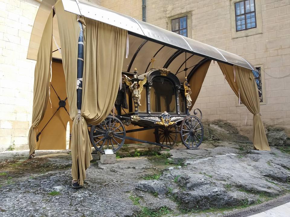 """<img src  Bojnice castle!.jpg"""" lt="""" http://dailytravelexperience.blogspot.rs/"""" />"""