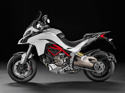 2016 Ducati Multistrada 1200 Enduro Adventure Touring Bike side pose