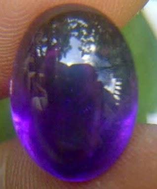 batu kecubung wulung combong,batu kecubung wulung hijau,batu kecubung wulung kalimantan,batu kecubung wulung ungu,batu kecubung wulung kristal,batu kecubung wulung dan khasiatnya,