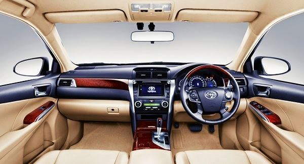 camry-mobil-hybrid-terbaik-indonesia