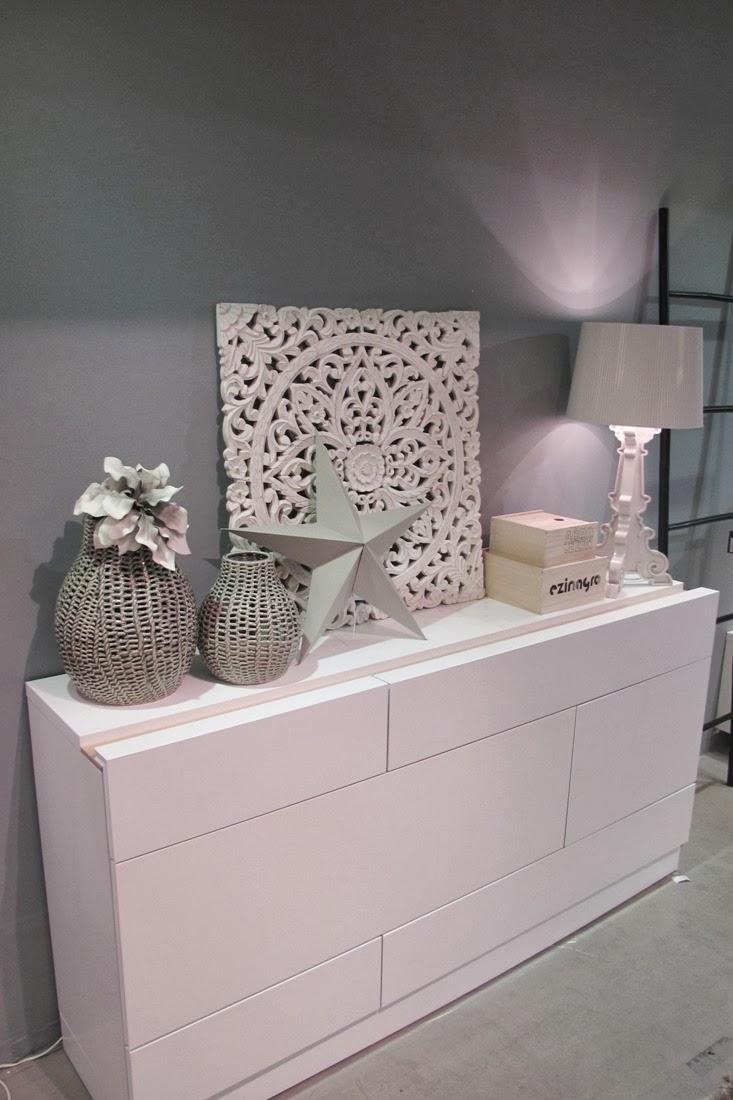 de fiesta con kenay home y un bonito showroom ministry of deco. Black Bedroom Furniture Sets. Home Design Ideas