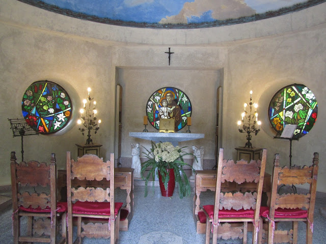 Interno Mausoleo Villa Taranto