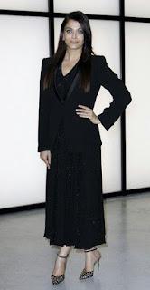 Aishwarya Rai In Black Outfit 1