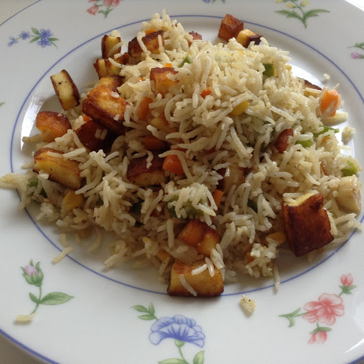 Spiced Paneer Fried Rice - Indo Chinese !!