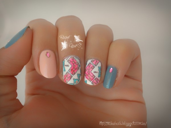 tribal_nails